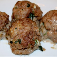 Spinach Meatballs! ( a sneaky way to get your kids to eat veggies!)