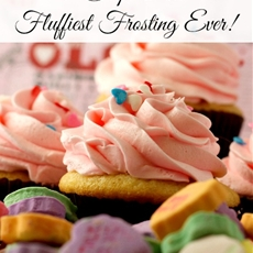 How to Make the Fluffiest Frosting Ever in 7 Easy Steps