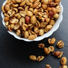 Slow Cooker Spicy Chili Nuts