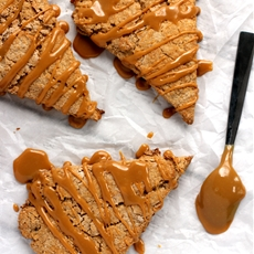 Cinnamon Maple Dulce de Leche Scones