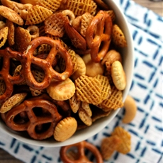 Maple Chipotle Snack Mix