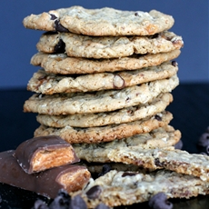 Butterfinger Oatmeal Chocolate Chip Cookies