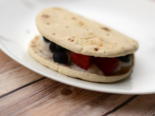 Fruit & Yogurt Pitas