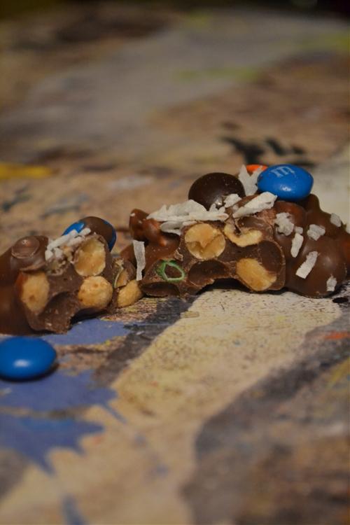 Magic Peanut Clusters