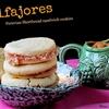 Peruvian Shortbread Sandwich Cookies