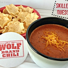 Wolf Brand Chili - Skillet Queso