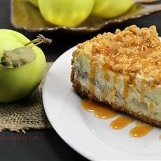 Apple Pie Stuffed Cheesecake 2