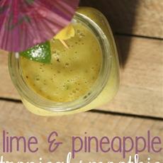 Kiwi, Lime & Pineapple Tropical Smoothie
