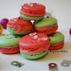 Christmas peppermint macarons & peppermint buttercream