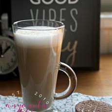 Dairy Free Instant Coffee Vanilla Latte