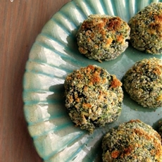 Parmesan crusted spinach balls with feta cheese