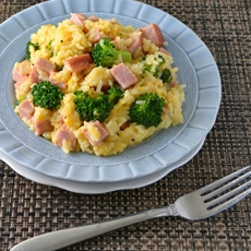 Cheesy Ham and Broccoli Rice Skillet Recipe