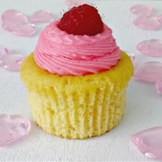 Golden Cupcakes with Raspberry Cheese Frosting