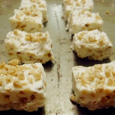 Gluten free toffee almond fudge recipe