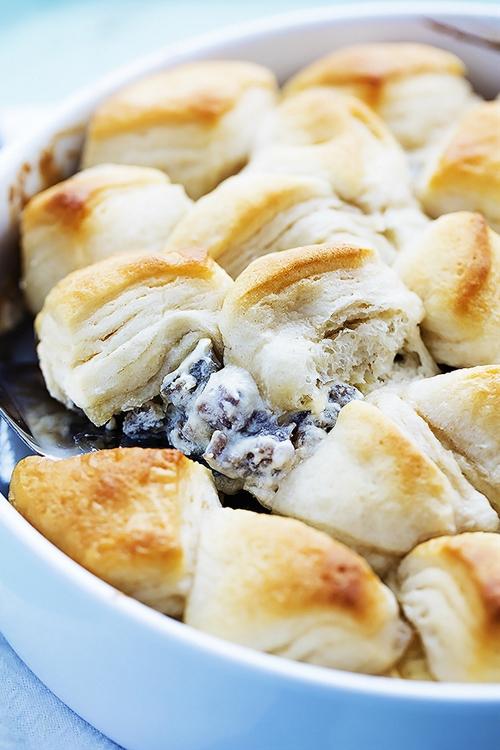 Biscuits & Gravy Breakfast Casserole