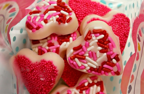Easy White Chocolate Candy Valentine Hearts