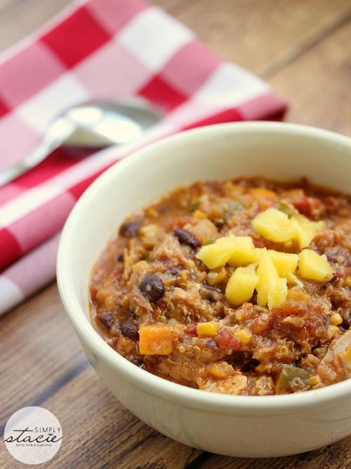 Slow Cooker Chicken Quinoa Chili