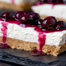Blueberry and Lemon Cheesecake Bars