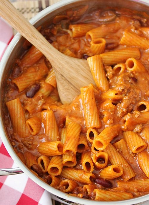 One-Pot Chili Rigatoni