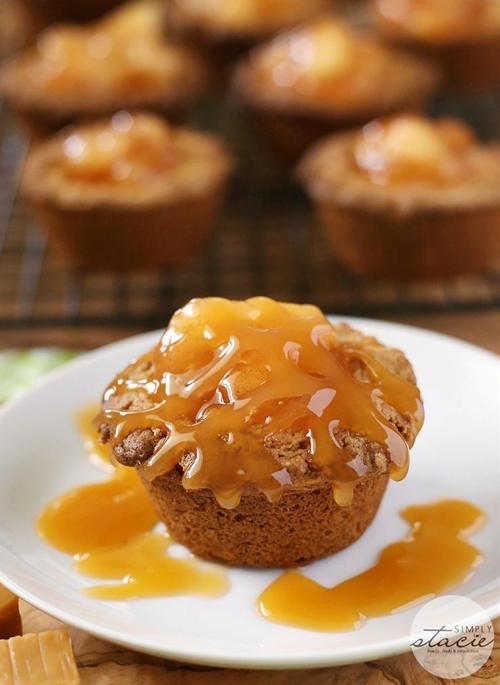 Caramel Apple Cake Cups