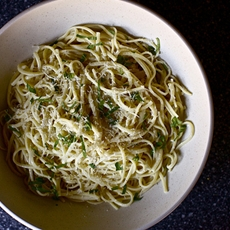 Spaghetti with Lemon and Olive Oil [Spaghetti al Limone]