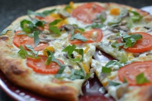 Veggie Alfredo Pizza