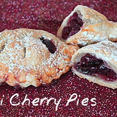 Delicious Mini Cherry Pies