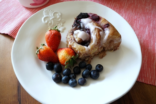 Berry & chocolate cinnamon rolls