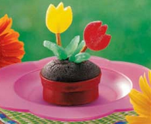 flowerpot cupcakes   cute everything
