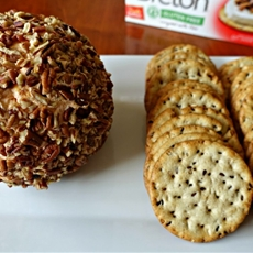 Cheddar and Roasted Red Pepper Cheeseball