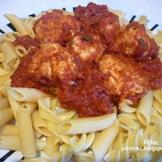 Chicken Meatballs with Spicy Tomato Sauce