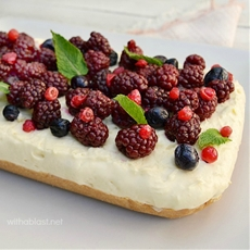 Easy Berry Cheesecake (No-Bake)