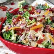 Broccoli Cranberry Pasta Salad