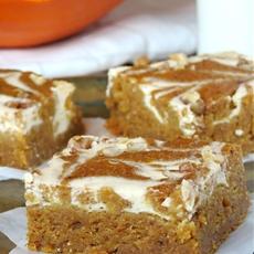 Cheesecake Swirled Pumpkin Roll Bars