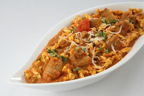 Dhingri Dolma (Awadhi style Mushroom Paneer Masala)