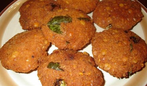 Mupparupu Vadai (Three Dal Vada)