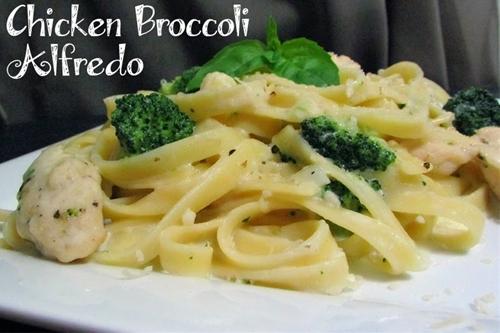Easy Chicken Broccoli Alfredo