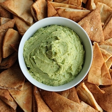 Avovado hummus dip with crispy sea salt pita chips