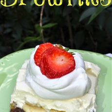 Banana Split Brownies #AddCoolWhip #shop #cbias