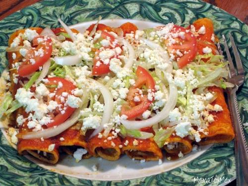 Red Chicken Enchiladas - Enchiladas Rojas