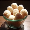 Beijinhos de coco (coconut kisses)