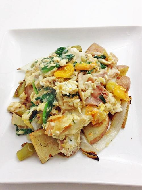 Prosciutto Scramble with Potato Hash