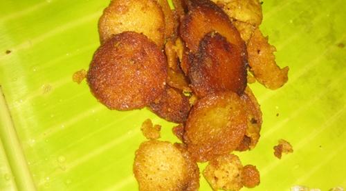 Seppakizhangu Roast(Taro root Fry)