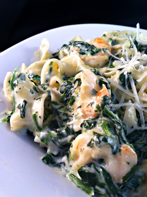 Shrimp & Spinach Pasta in a Garlic Cream Sauce