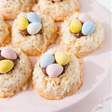 Easter Coconut Macaroons