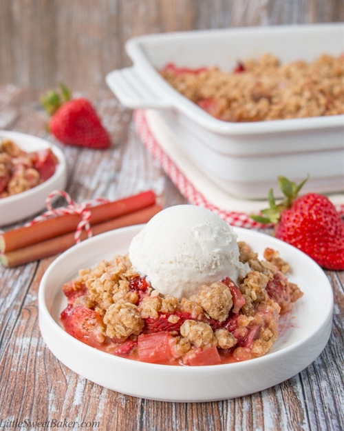 Strawberry Rhubarb Crisp (video)