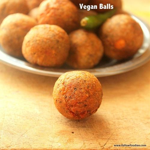 Vegan Meat Balls ( Kola Urundai )