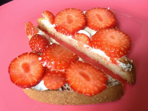 Gluten Free Strawberry Cheesecake Toast