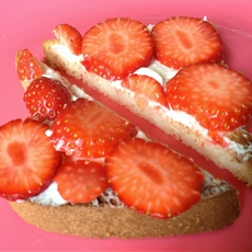 Gluten Free Strawberry Cheesecake Toast