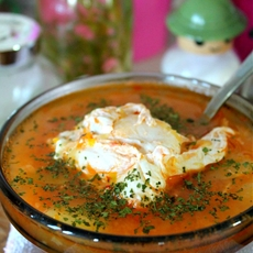 Chicken vegetable whole egg soup